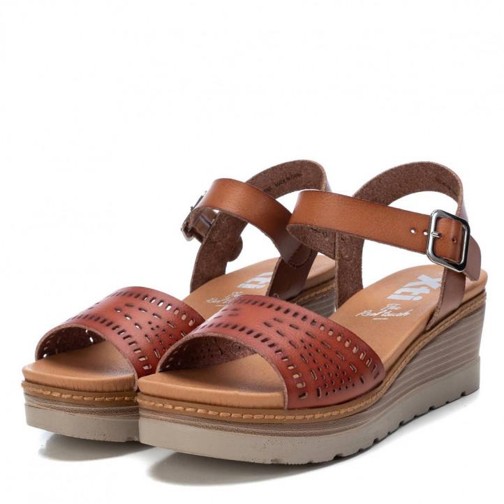 Sandàlies falca Xti 04223404 marrons amb pala perforada - Querol online