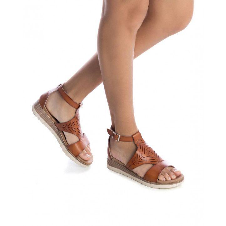 Sandàlies falca Xti 04252102 agafada al turmell - Querol online