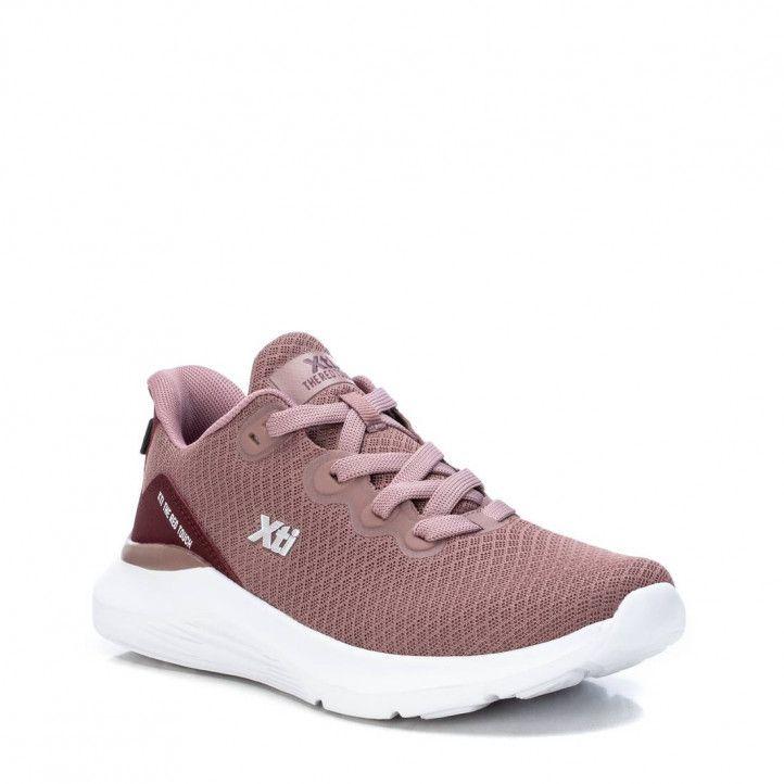 Zapatillas Xti 043467 con detalles burdeos - Querol online