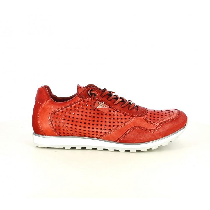 Zapatos sport Cetti rojos con cordones elásticos y orificios - Querol online