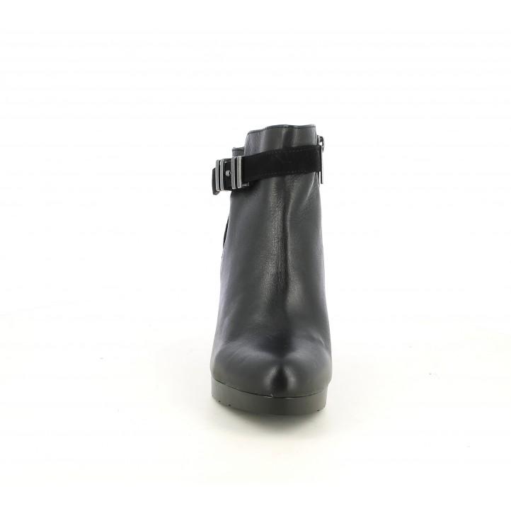 Botines tacón Patricia Miller de piel negros con hebilla en el tobillo - Querol online