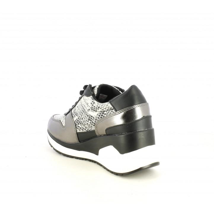 Zapatillas deportivas Maria Mare de estampado serpiente, detalles negros y metalizados con plataforma - Querol online