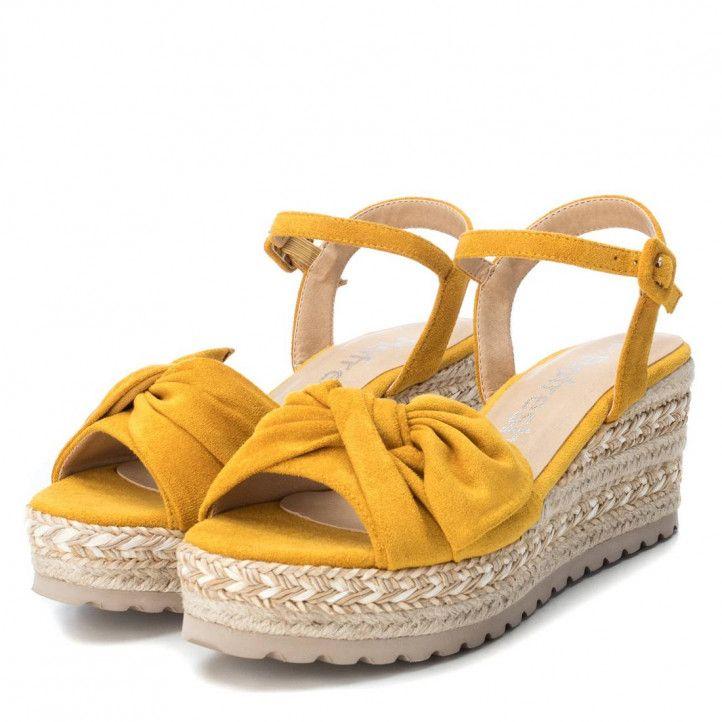 Sandalias cuña Refresh amarillas con lazo frontal - Querol online