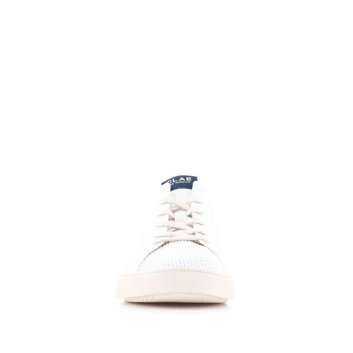 Zapatos sport CLAE blancas con parte trasera azul - Querol online