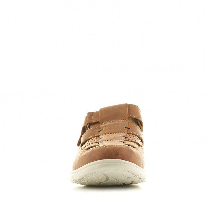 Sandalias Fluchos marrones cerradas con el piso blanco - Querol online
