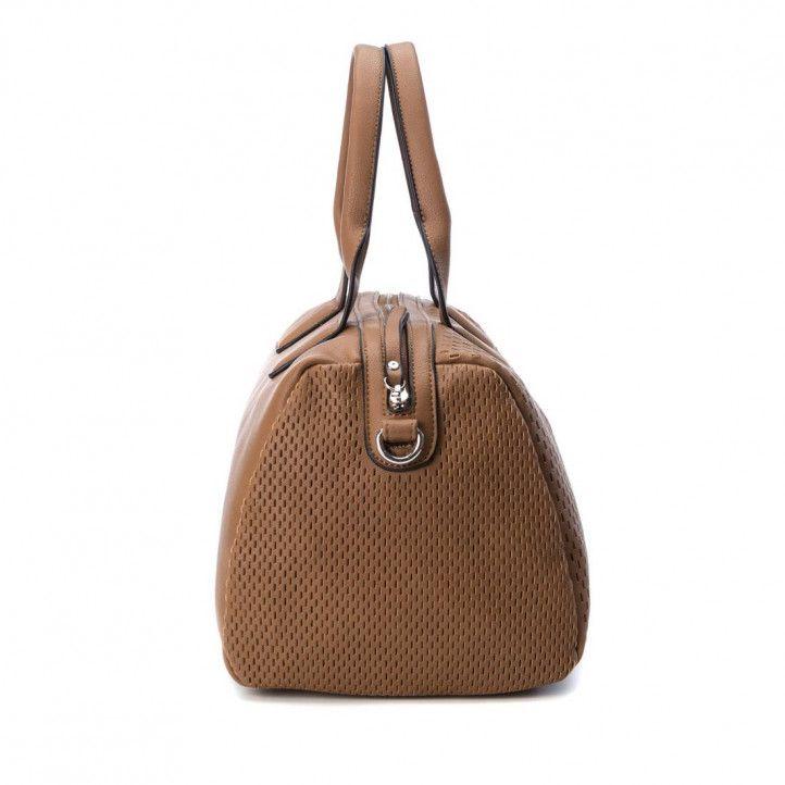 bolsos Refresh marrón con detalles de agujeros y dos asas - Querol online